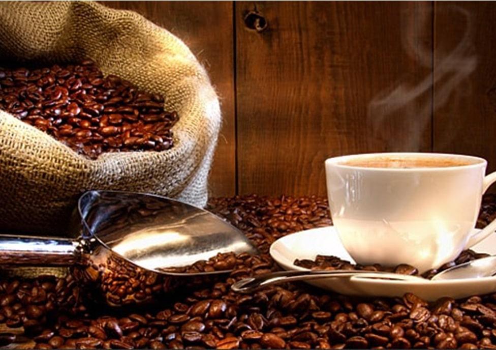 از بین بردن بوی بد غذا با قهوه